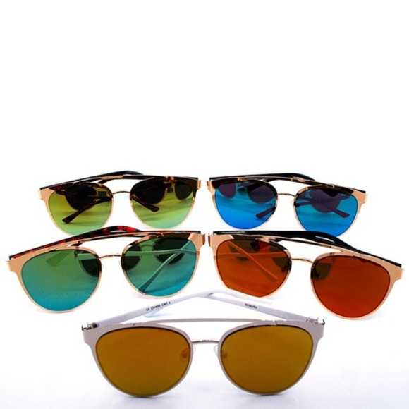 Summer Items on sale save up to 30% of more Accessories - Fashion Mirrored sunglasses multiple Color Combos